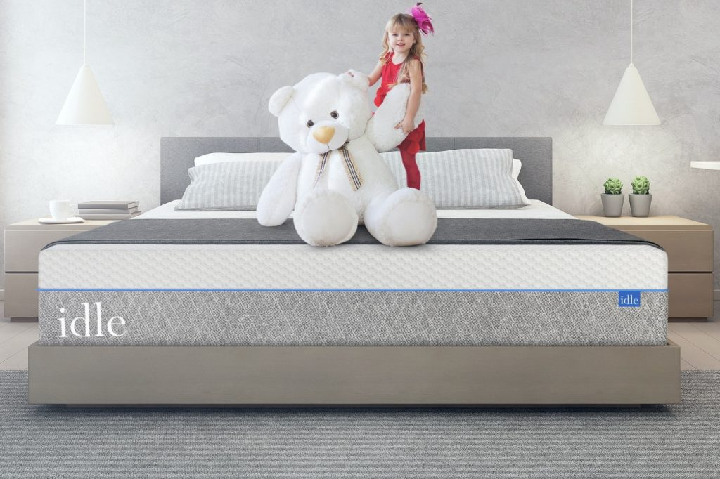 idle queen mattress under 1000 dollars